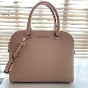 ✨NWT Michael Kors Leather Blush Dome Satchel Gold